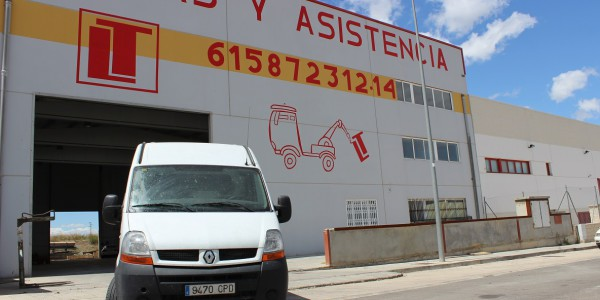 furgoneta-asistencia-carretera-bujaraloz